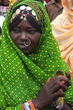 Hedareb woman - Festival Eritrea 2006 - Expo Asmara Eritrea.